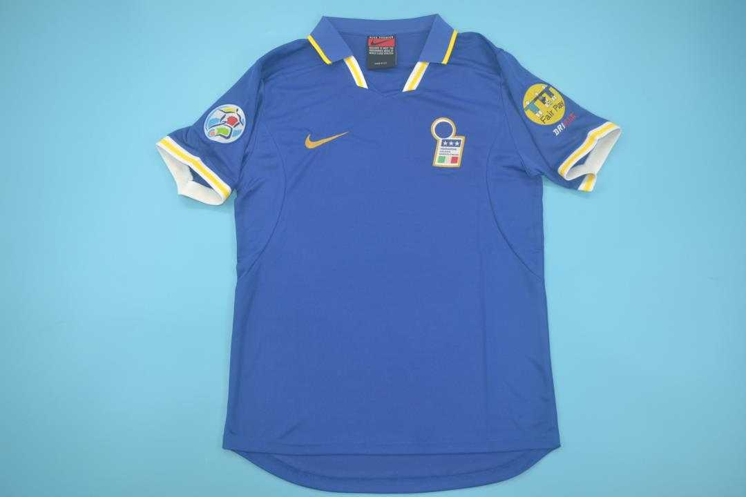 AAA Quality Italy 1996 Home Retro Soccer Jersey