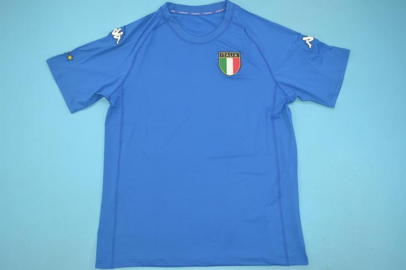 AAA Quality Italy 2000 Home Retro Soccer Jersey