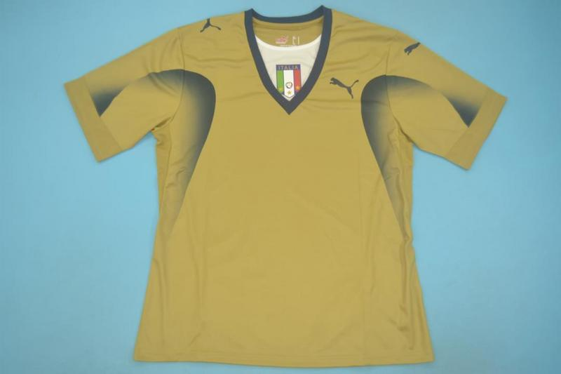 AAA Quality Italy 2006 Goalkeeper Gold Retro Soccer Jersey