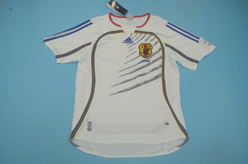 AAA Quality Japan 2006 Away Retro Soccer Jersey
