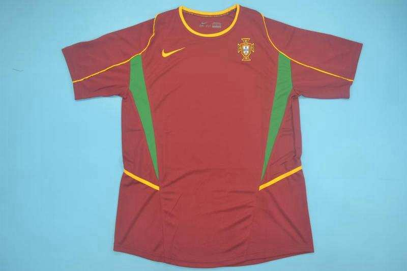 AAA Quality 2002 Portugal Retro Home Soccer Jersey
